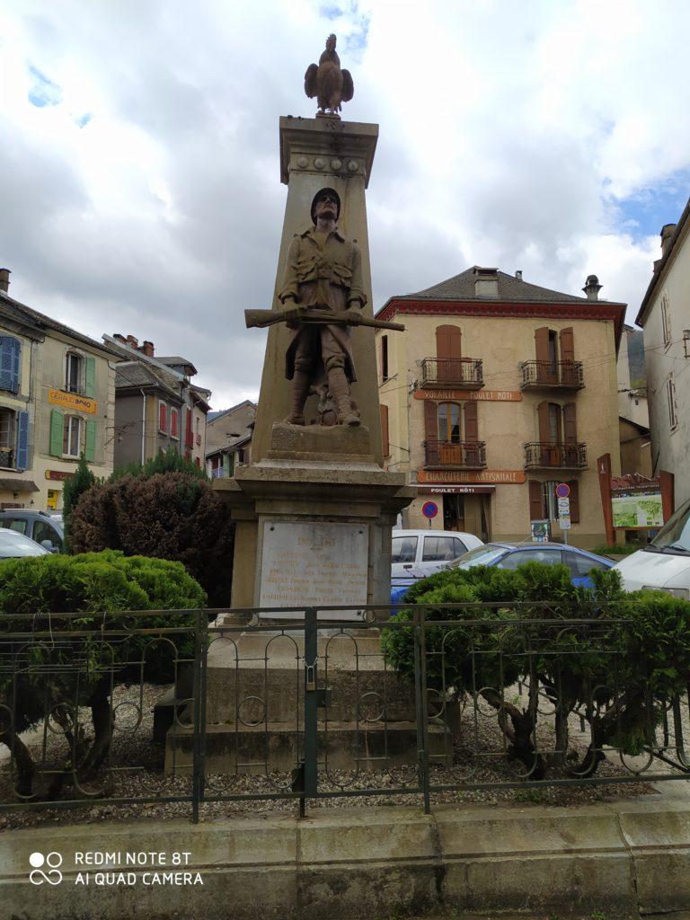 Read more about the article Lettre du Maire et des Elus concernant l'incident du monument aux morts sur le marché du dimanche 4 avril